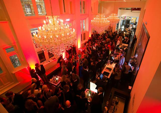 Evenementenlocatie-Amsterdam-DeLaMar-Theater-Royal-Foyer-premiere.jpg