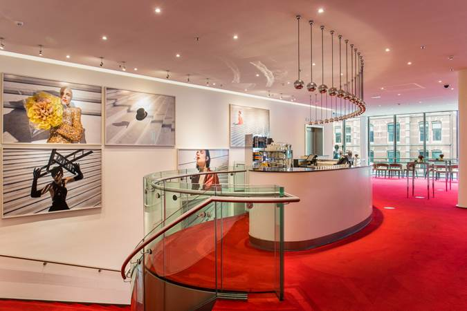 Evenementenlocatie-Amsterdam-DeLaMar-Theater-Spieghel-Foyer2-LR.jpg (1)