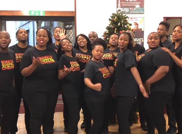 Soweto-gospel-choir-video-kerstwens-DeLaMar-Theater.jpg