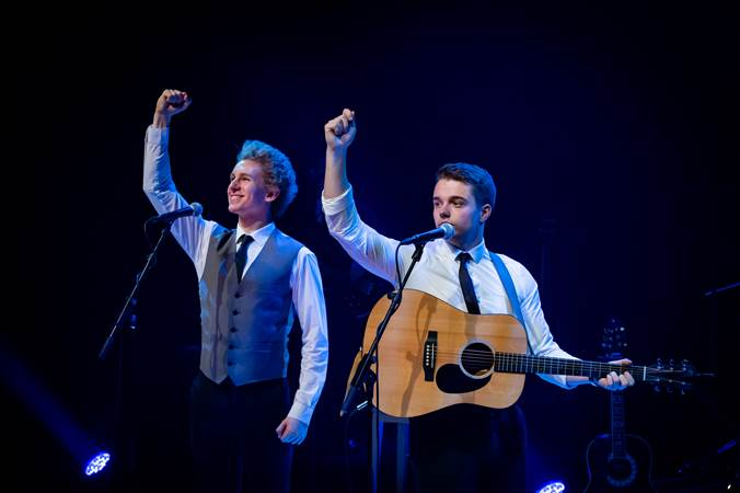 The-Simon-And-Garfunkel-Story-scene-2-DeLaMar-Theater.jpg