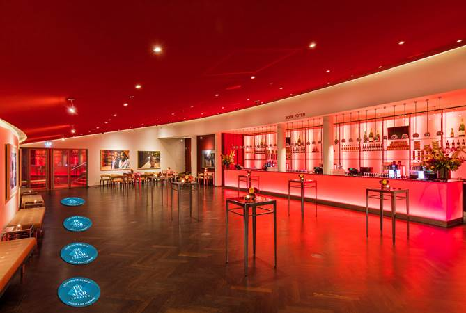 Evenementenlocatie-Amsterdam-DeLaMar-Theater-Rode-Foyer-Blauwe-Route
